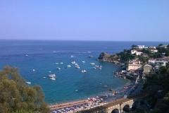 Caminia_La Spiaggia dista circa 2 km dal Residence.